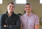 Les inventeurs du fidget cube - Les frères Matthew et Mark McLachlan